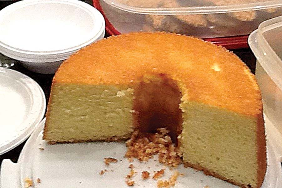 Debbie's Sour Cream Pound Cake