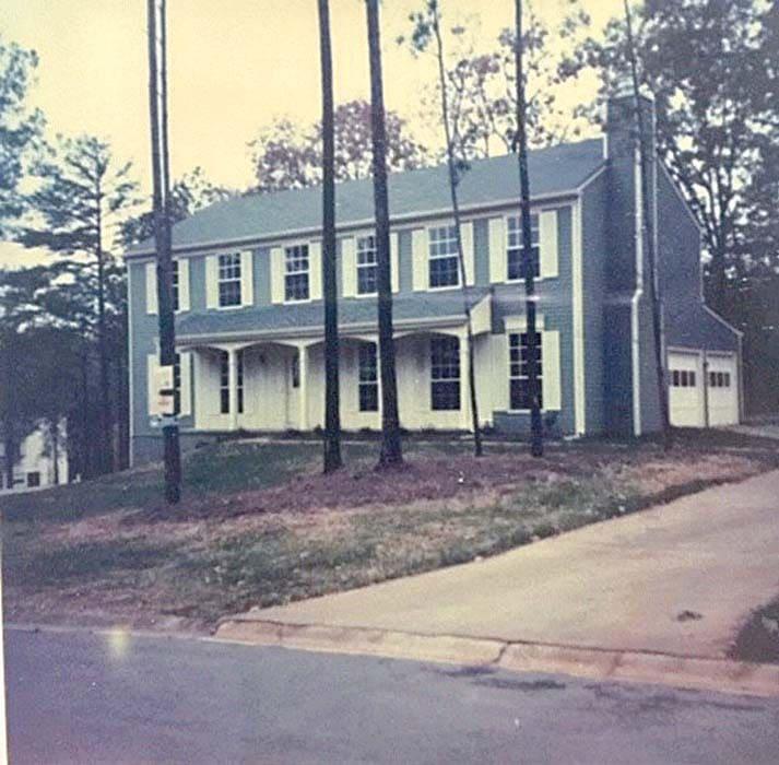 North Manor Community
